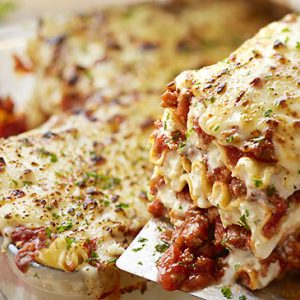 Olive Garden Lasagna Classico Facts In Out Calorie